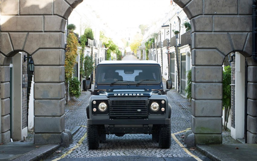 Three limited-edition Land Rover Defenders announced – Solihull production ends in Dec 2015 Image #300715