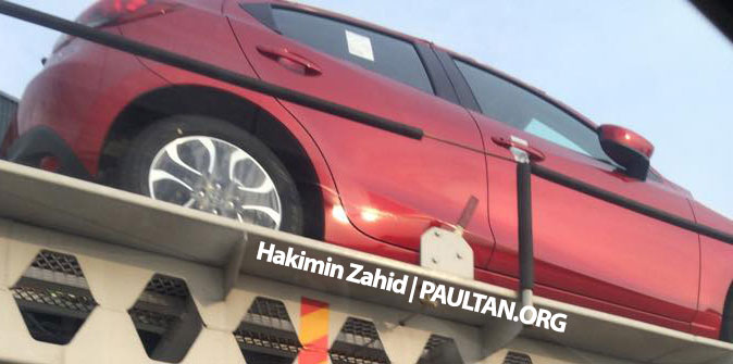 SPIED: 2015 Mazda 2 hatchback spotted in Malaysia Image #305303