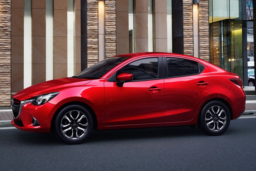 2015 Mazda 2 1.5 launched – hatch and sedan, RM88k Image #306053