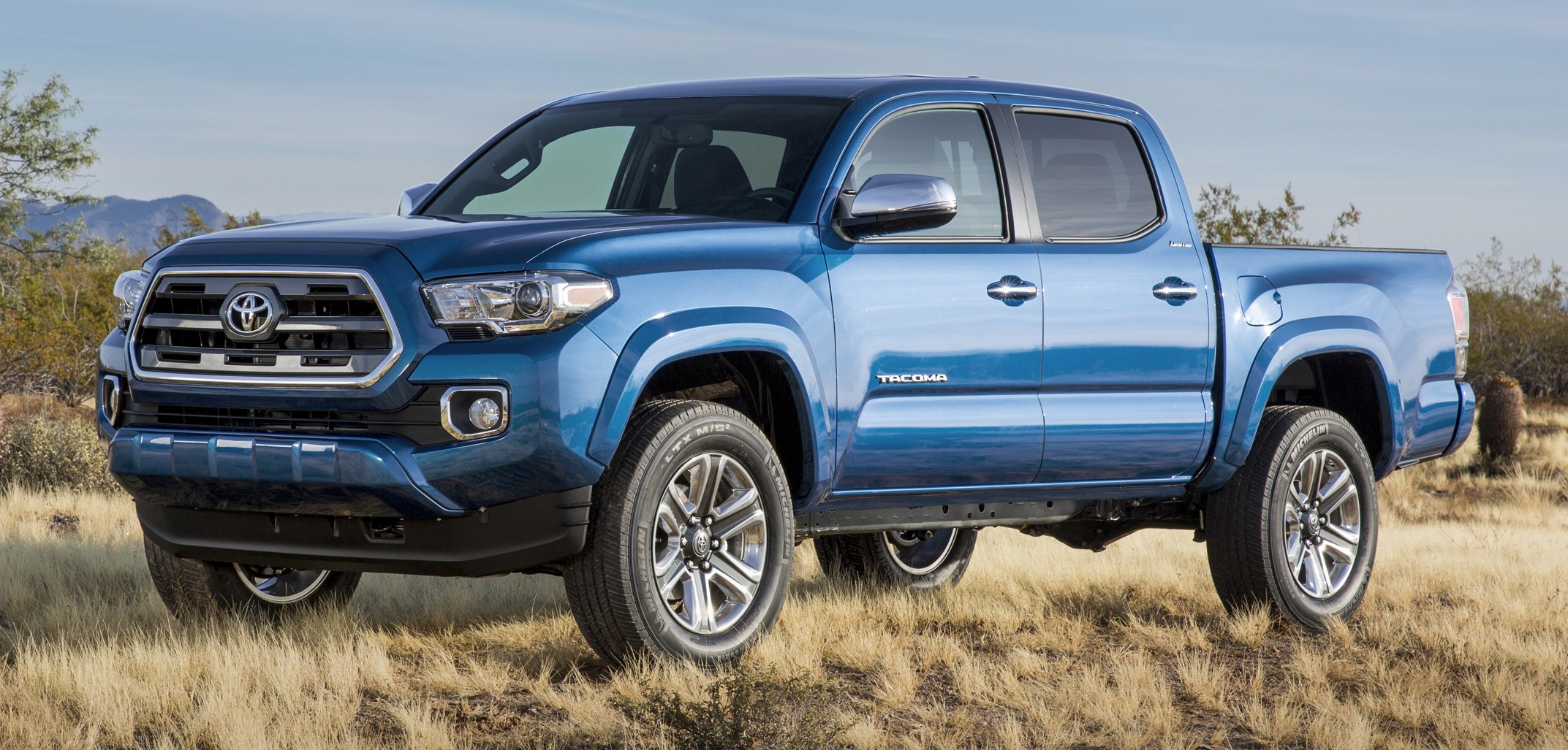 Back to Story: 2016 Toyota Tacoma breaks cover at Detroit auto show