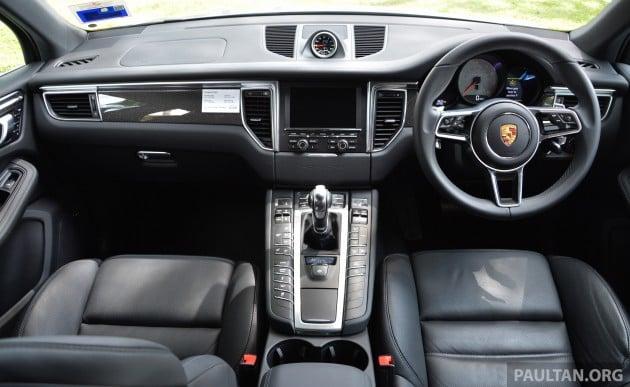 Porsche Macan drive 14