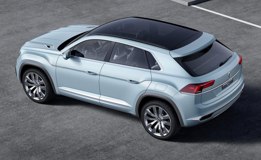 VW Cross Coupe GTE at Detroit – close to production Image #302124