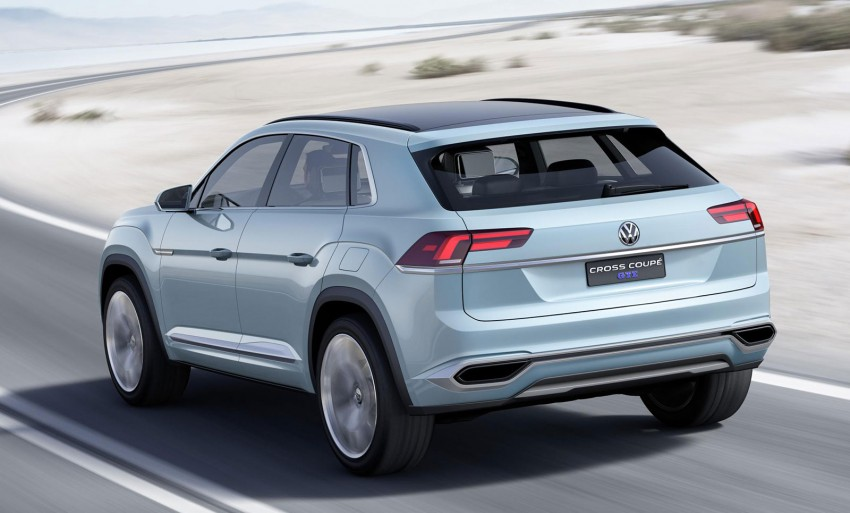 VW Cross Coupe GTE at Detroit – close to production Image #302126
