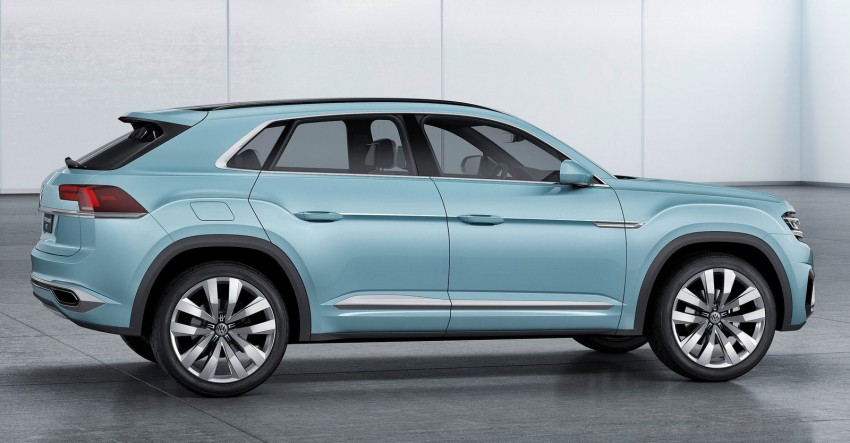 VW Cross Coupe GTE at Detroit – close to production Image #302281