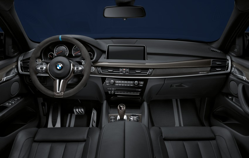 BMW X5 M, X6 M rigged with M Performance Parts Image #308151