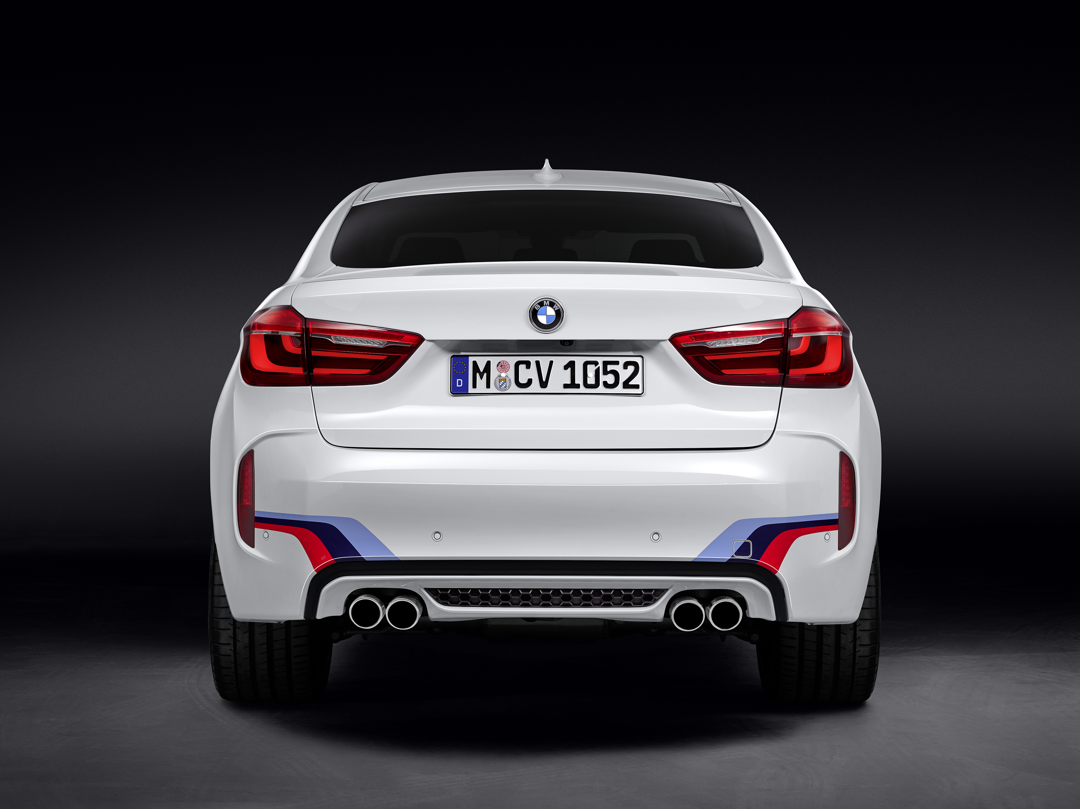 Bmw X5 M X6 M Rigged With M Performance Parts Image 308157