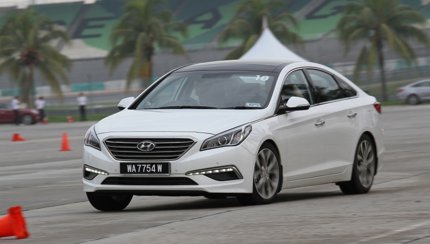 DRIVEN: Hyundai Sonata LF 2.0 Executive tested Image #301526
