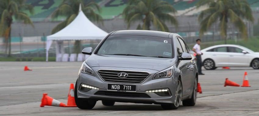 DRIVEN: Hyundai Sonata LF 2.0 Executive tested Image #301527