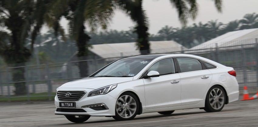 DRIVEN: Hyundai Sonata LF 2.0 Executive tested Image #301533