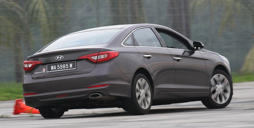DRIVEN: Hyundai Sonata LF 2.0 Executive tested Image #301536