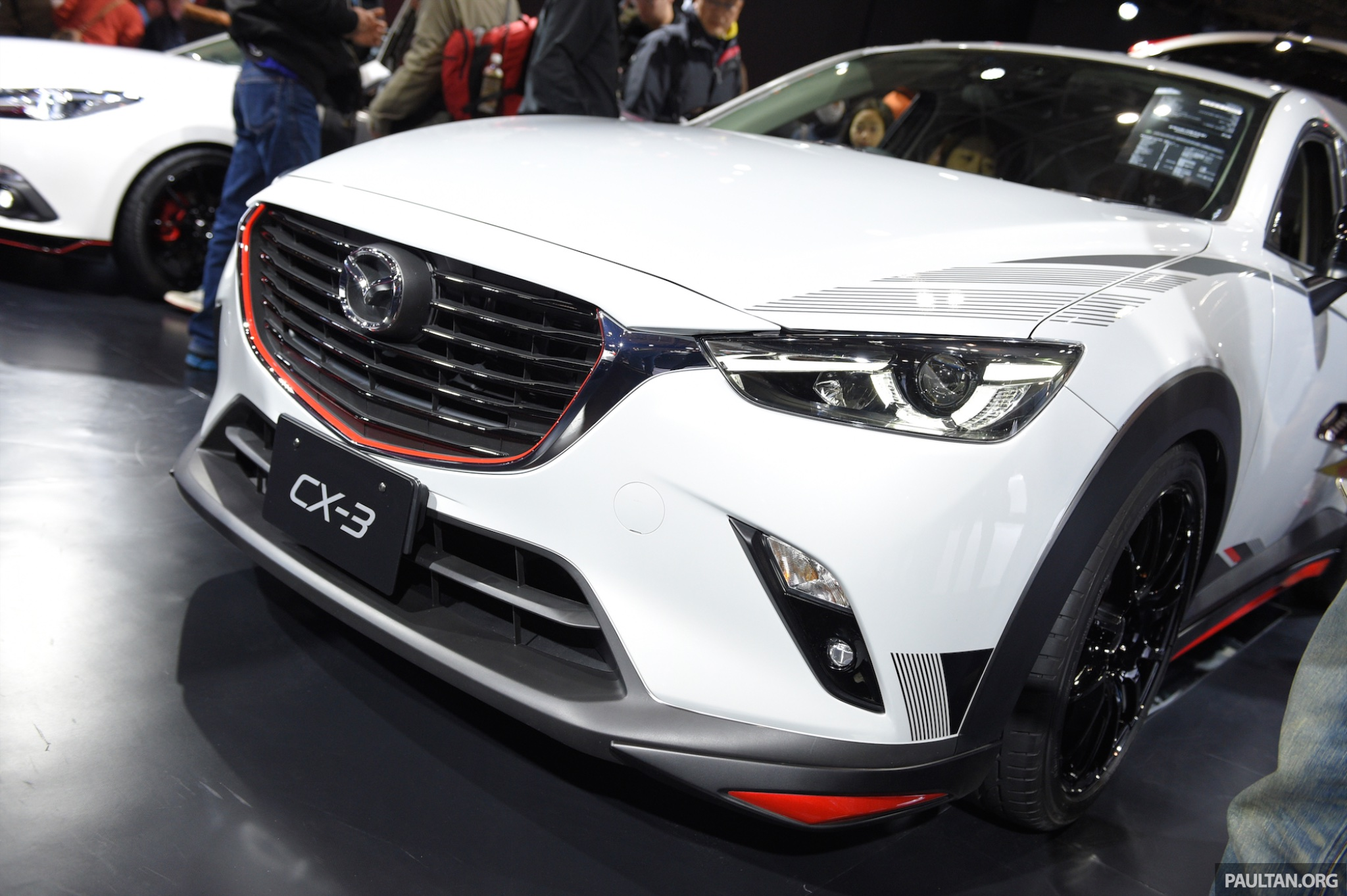 mazda cx 3 racing concept at 2015 tokyo auto salon. Black Bedroom Furniture Sets. Home Design Ideas