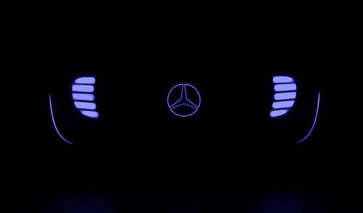 Mercedes-Benz teases autonomous driving concept Image #299956