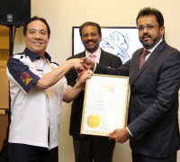peugeot-lounge-malaysia-book-of-records