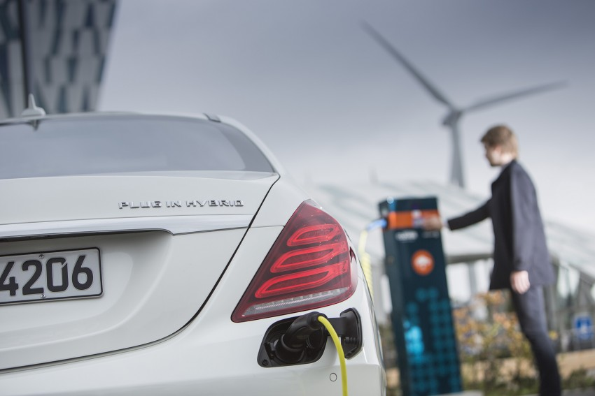 DRIVEN: W222 Mercedes-Benz S 500 Plug-in Hybrid Image #313227