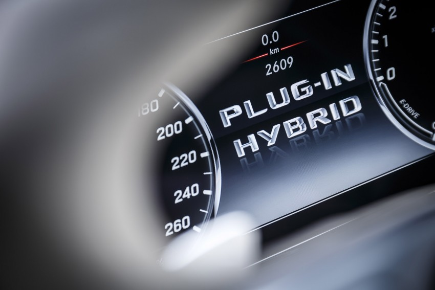 DRIVEN: W222 Mercedes-Benz S 500 Plug-in Hybrid Image #313260