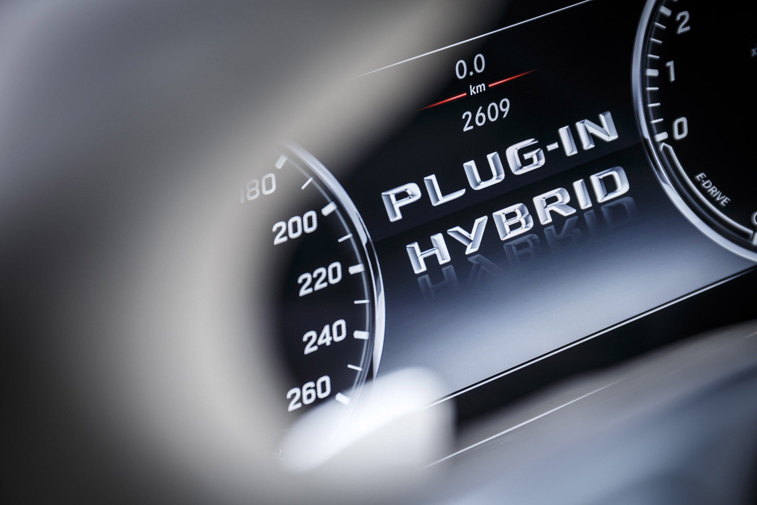 Driven w222 mercedes benz s 500 plug in hybrid image 313260 for Embrace by mercedes benz
