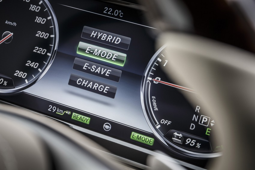 DRIVEN: W222 Mercedes-Benz S 500 Plug-in Hybrid Image #313265