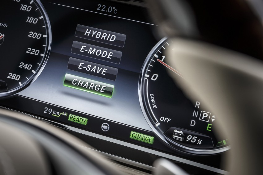 DRIVEN: W222 Mercedes-Benz S 500 Plug-in Hybrid Image #313266