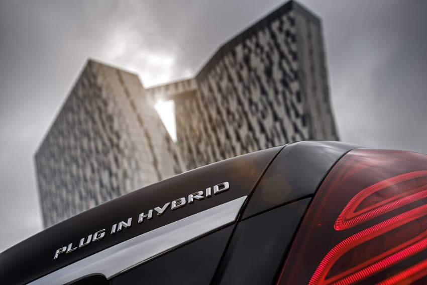 DRIVEN: W222 Mercedes-Benz S 500 Plug-in Hybrid Image #313273