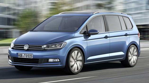 2015-Volkswagen-Touran-1