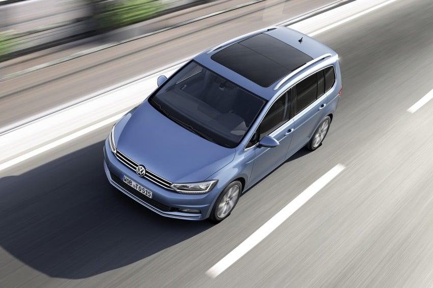 Volkswagen Touran – third-gen makes Geneva debut Image #313985