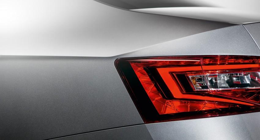 2015 Skoda Superb unveiled – bigger, better inside out Image #312583