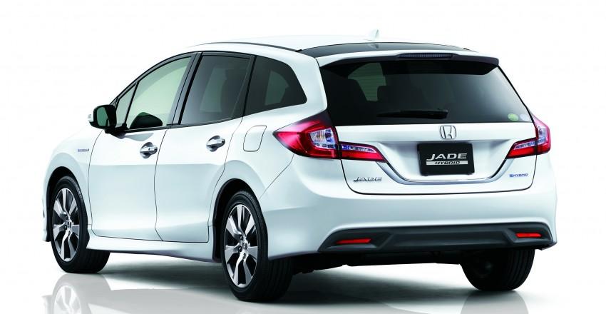 Honda Jade Hybrid six-seater goes on sale in Japan Image #311206