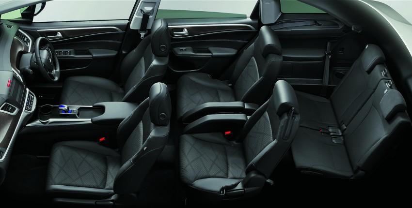 Honda Jade Hybrid six-seater goes on sale in Japan Image #311216