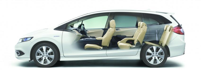 Honda Jade Hybrid six-seater goes on sale in Japan Image #311229