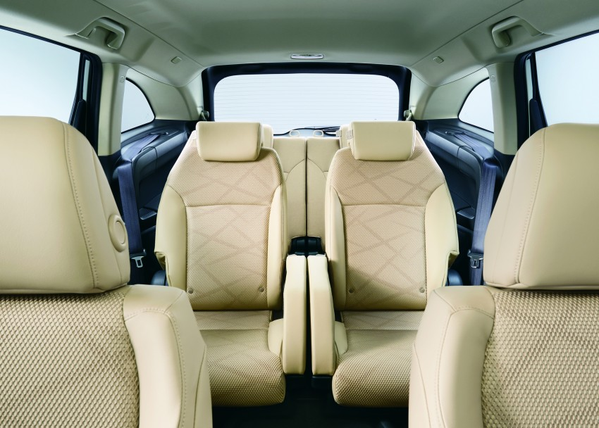 Honda Jade Hybrid six-seater goes on sale in Japan Image #311193