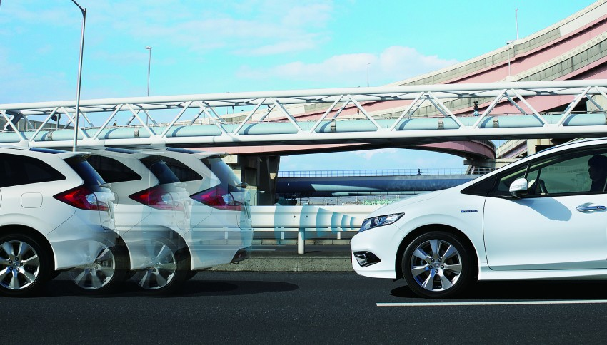 Honda Jade Hybrid six-seater goes on sale in Japan Image #311234