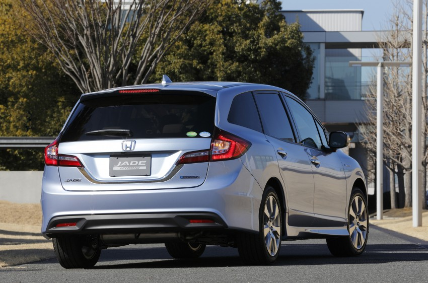 Honda Jade Hybrid six-seater goes on sale in Japan Image #311197
