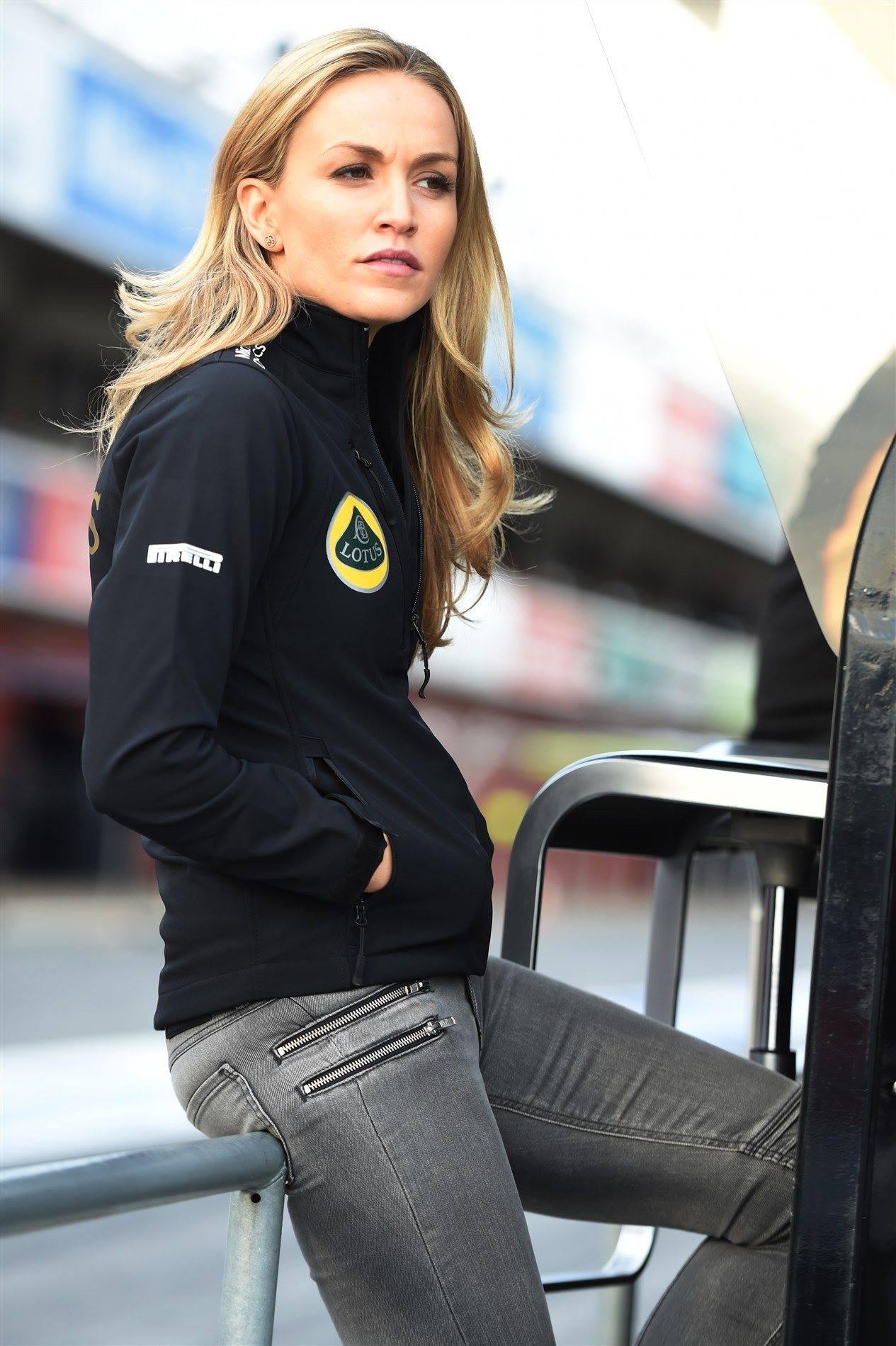 Carmen Jorda Joins Lotus F1 As Development Driver Paul Tan