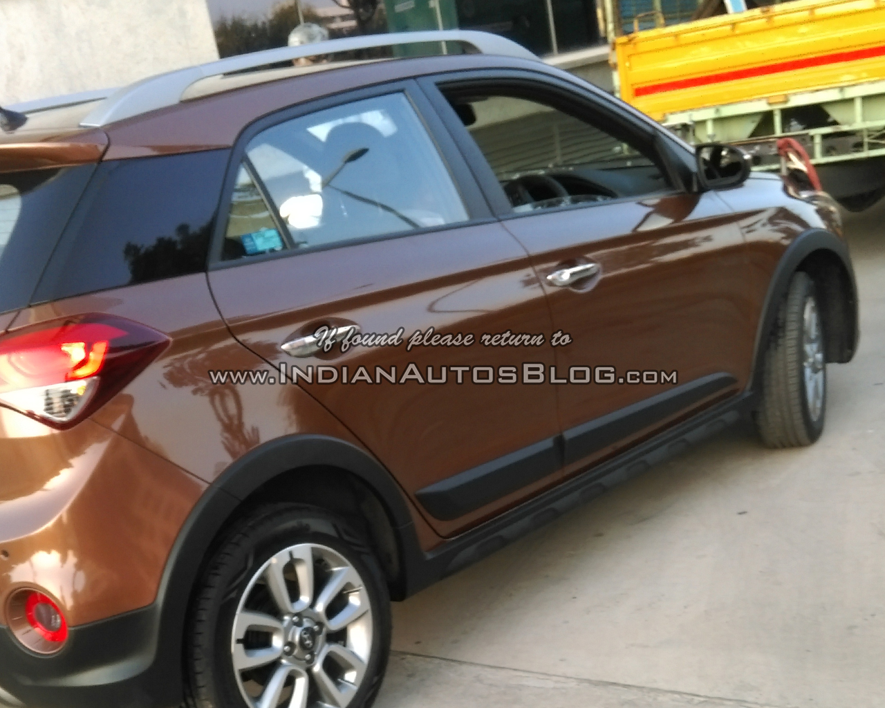 Hyundai Active Spied In India Suv Styled Elite Image