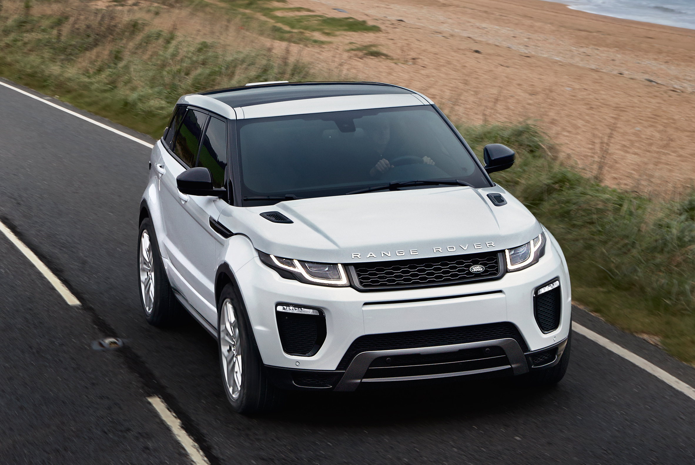 2016 range rover evoque facelift gets subtle updates image. Black Bedroom Furniture Sets. Home Design Ideas