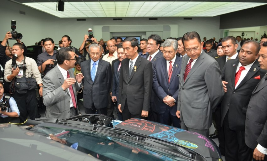 Proton signs MoU with PT Adiperkasa Citra Lestari for development, manufacture of Indonesia's national car Image #310137
