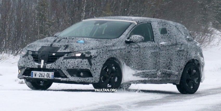 SPYSHOTS: Renault Megane IV seen winter-testing Image #314489