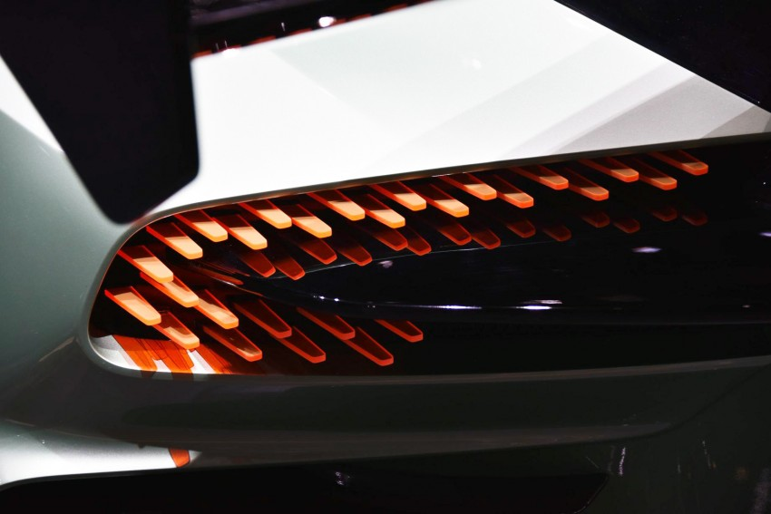 Aston Martin Vulcan debuts with 800 hp 7.0 litre V12 Image #316271