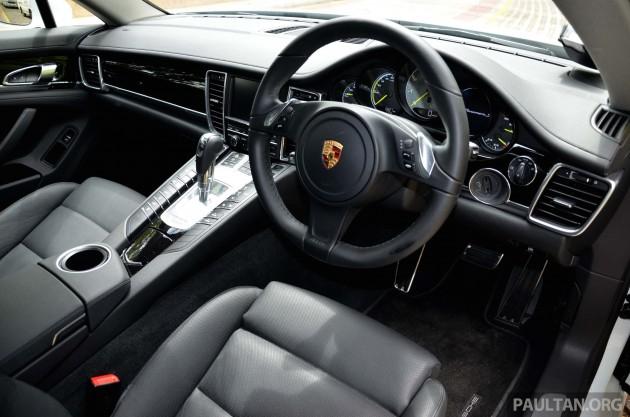 porsche-panamera-s-e-hybrid-driven-singapore-interior 8