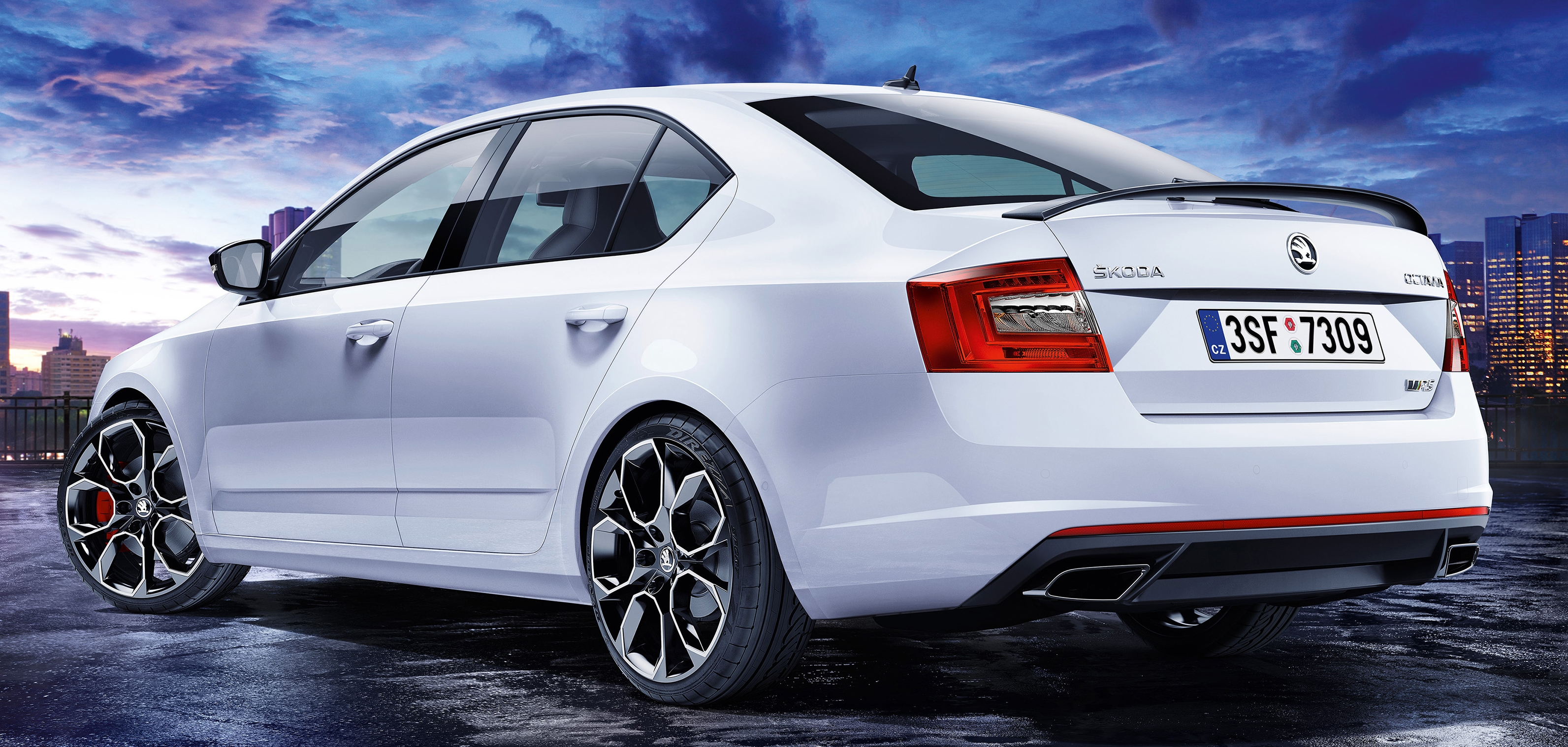 skoda octavia vrs 230 going faster again in 2015. Black Bedroom Furniture Sets. Home Design Ideas