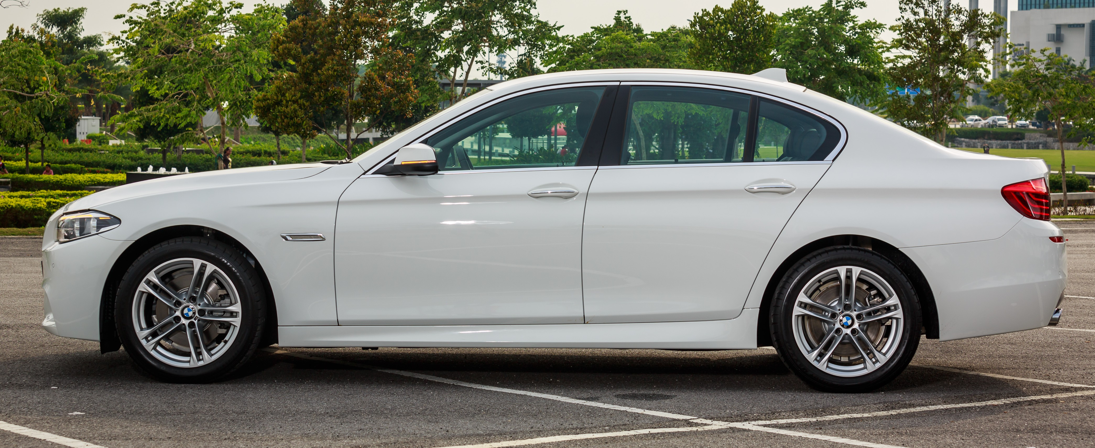 Bmw 520d Sport Introduced In Malaysia 50 Units Image 316428