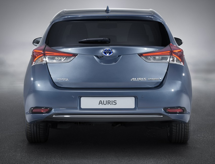 Toyota Auris facelift gets new 1.2 litre turbo engine Image #315792