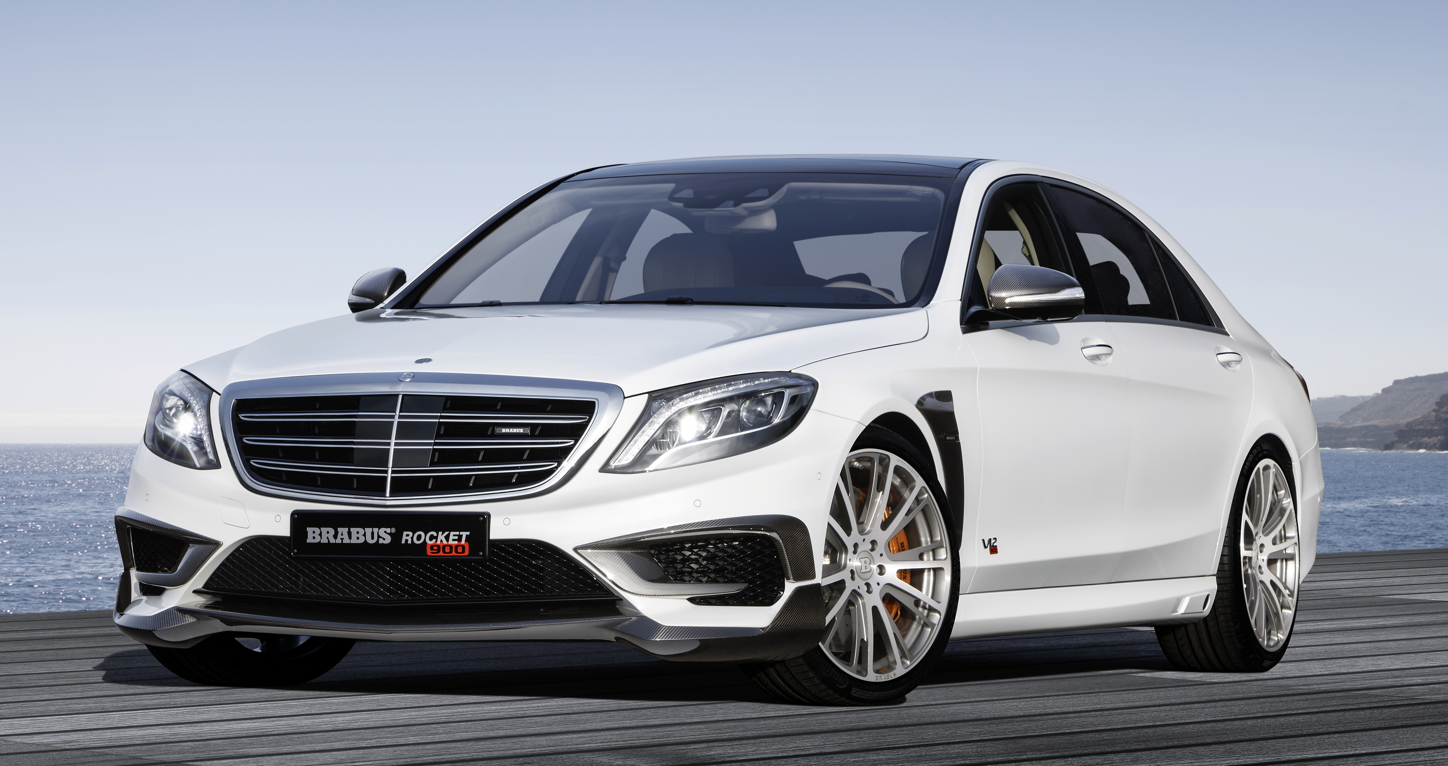 Brabus Rocket 900 - W222 S-Class with a 900 hp V12!