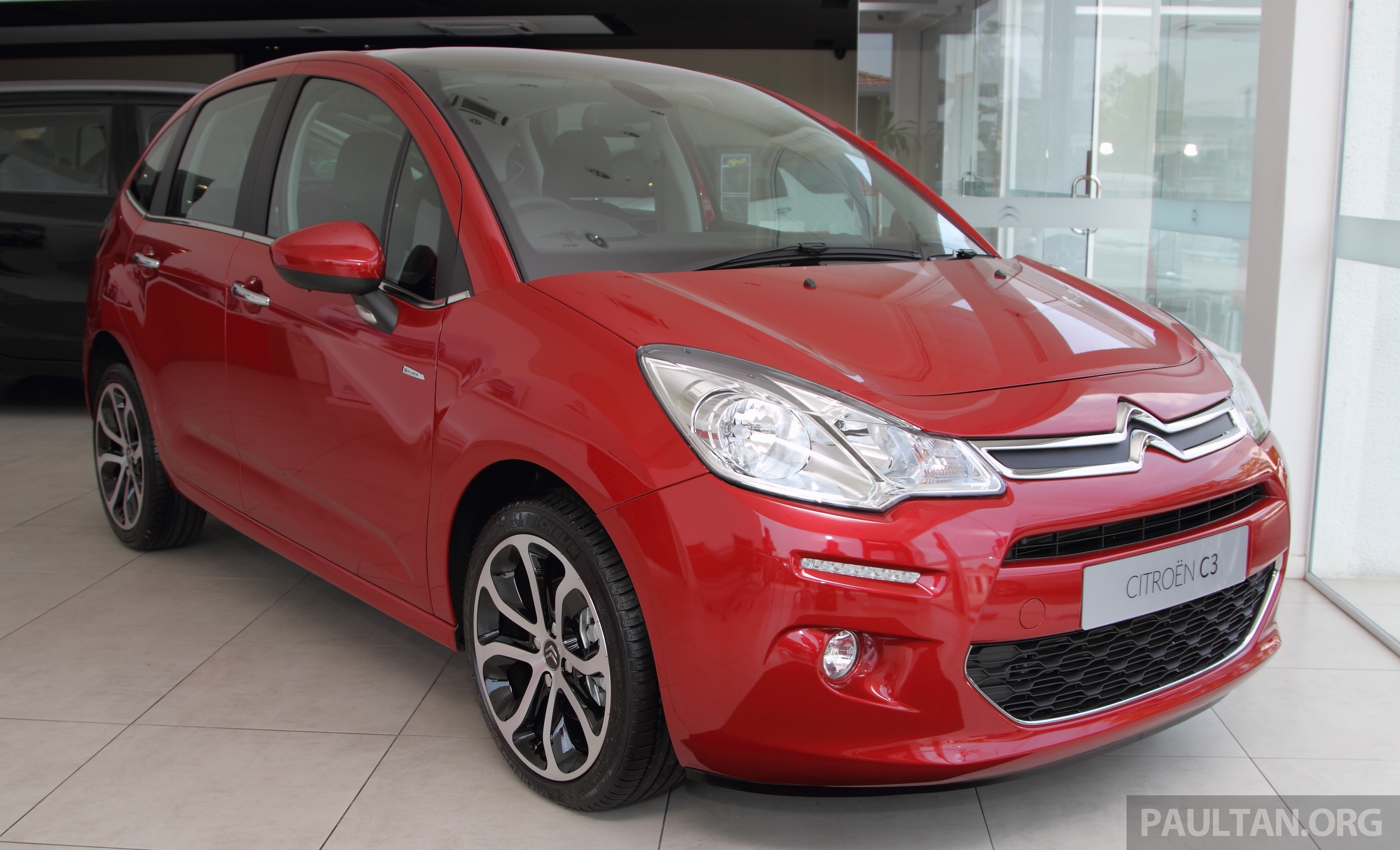 citroen c3 facelift arrives in malaysia est rm105k. Black Bedroom Furniture Sets. Home Design Ideas