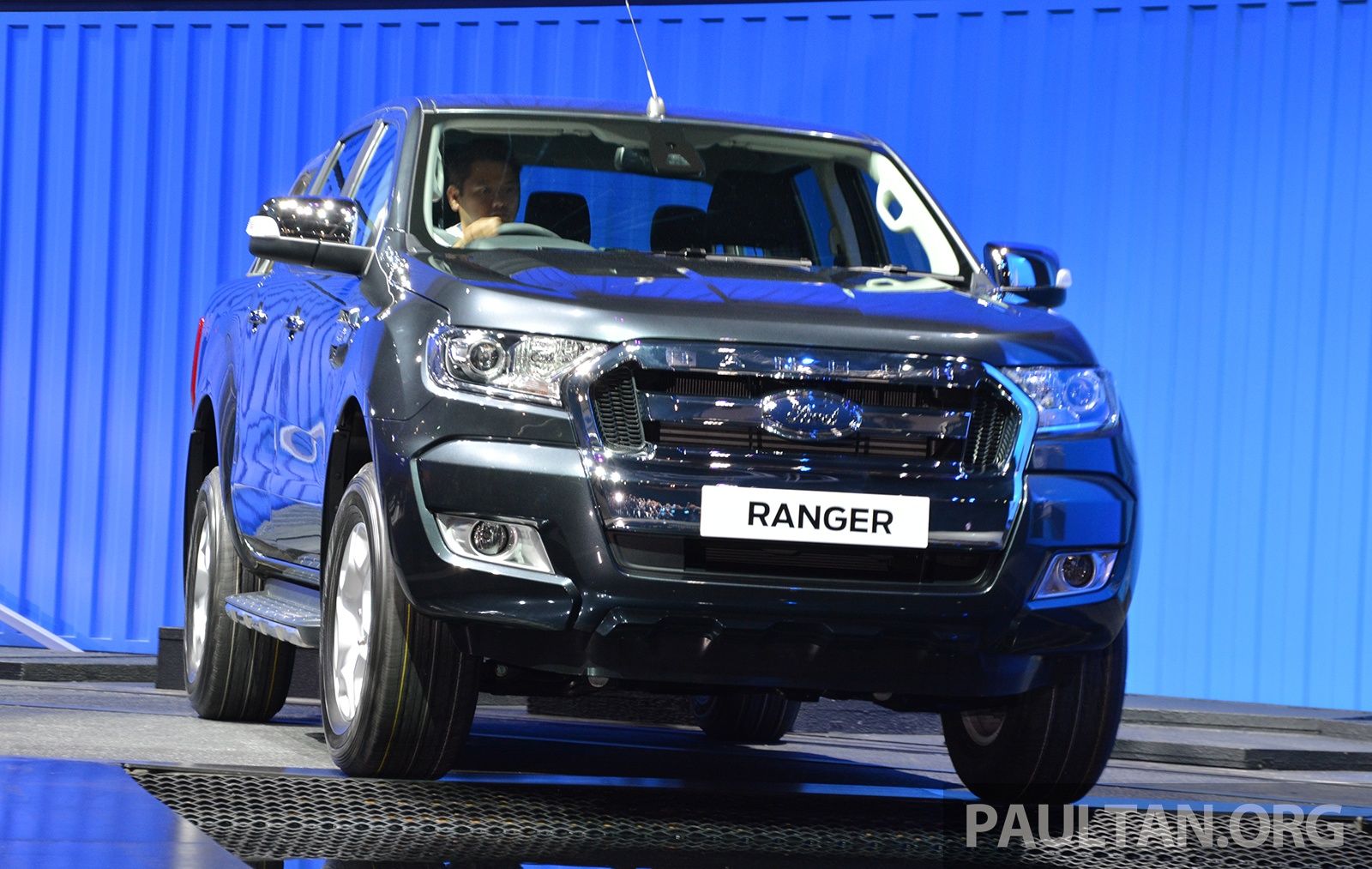 2015 Ford Ranger makes world debut in Thailand Image 320424