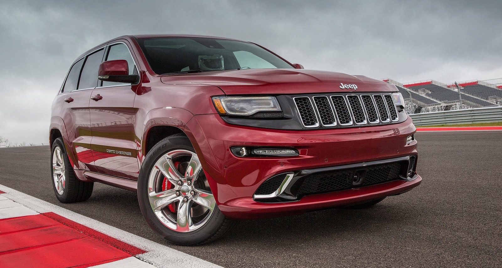 jeep grand cherokee srt 6 4l v8 coming to malaysia. Black Bedroom Furniture Sets. Home Design Ideas