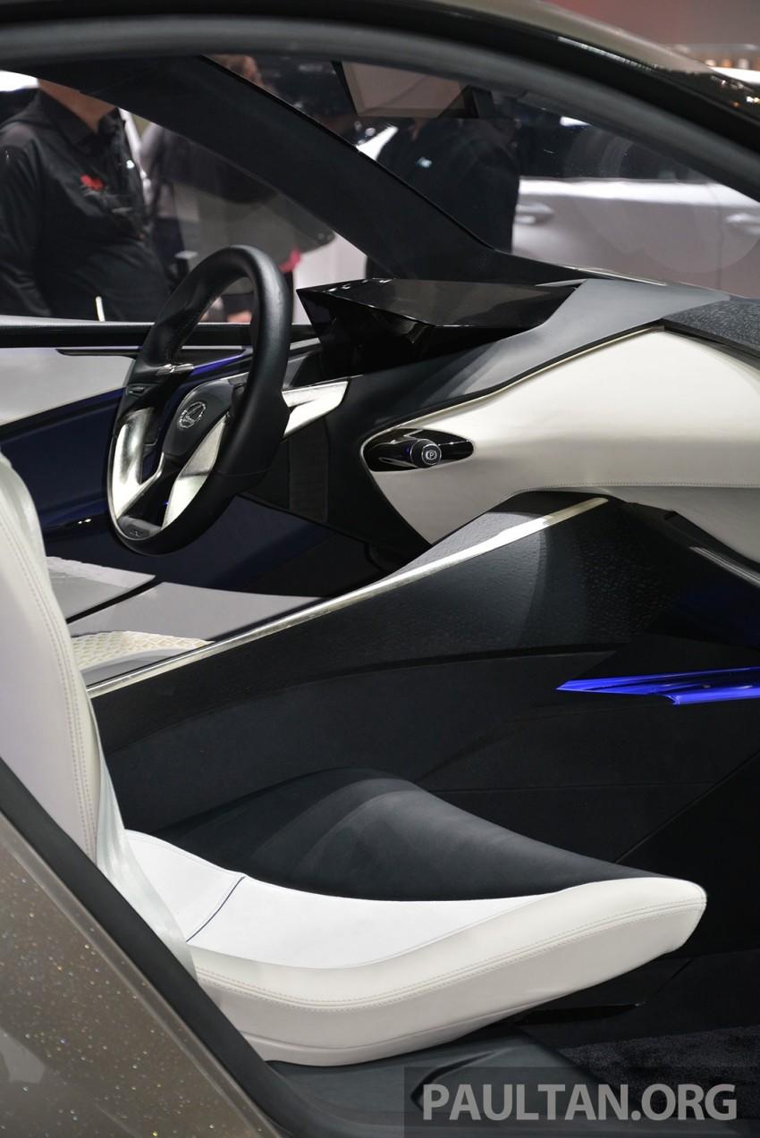 Lexus LF-SA – 2+2 city car study debuts in Geneva Image #315934