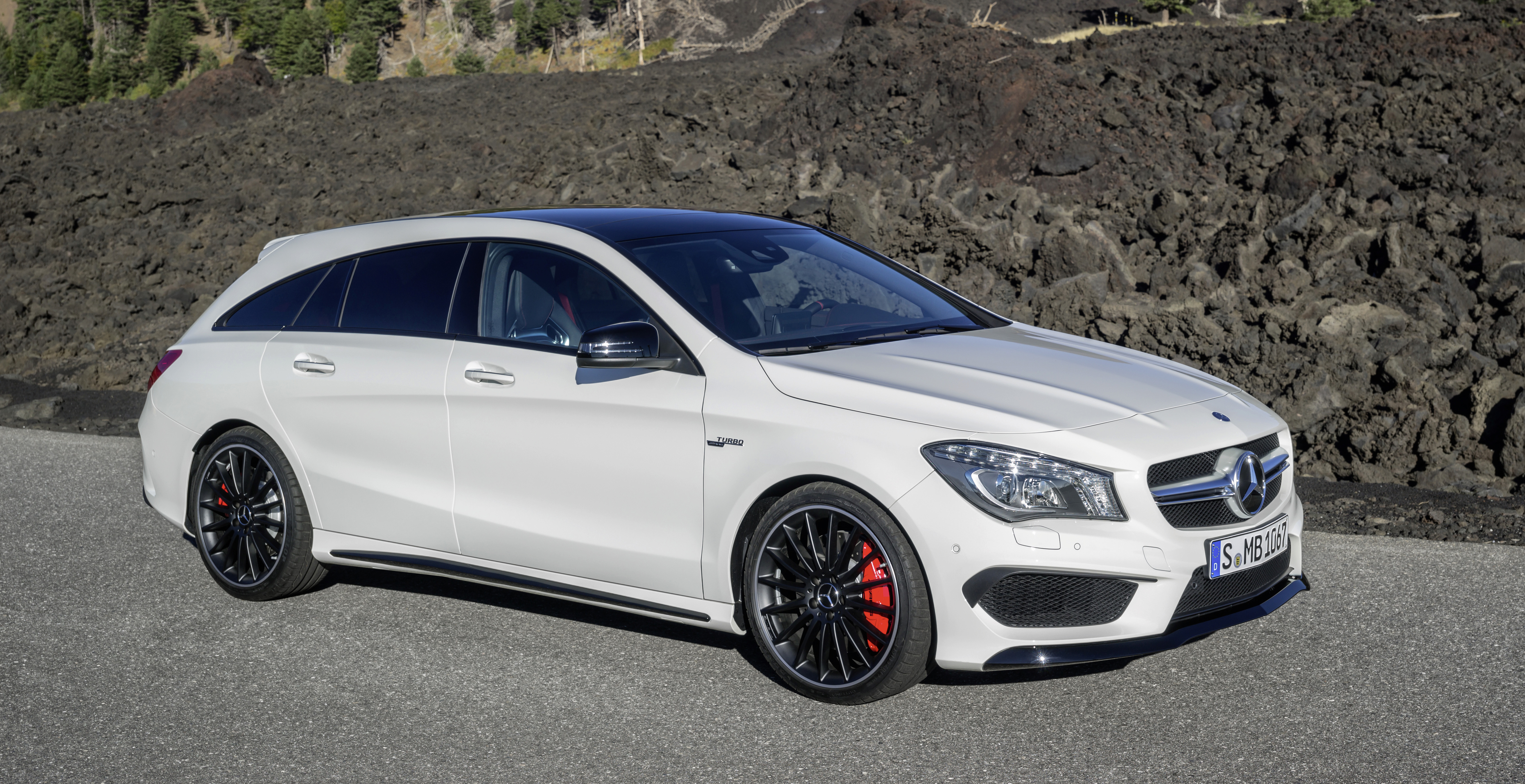gallery mercedes cla 45 amg shooting brake image 316843. Black Bedroom Furniture Sets. Home Design Ideas