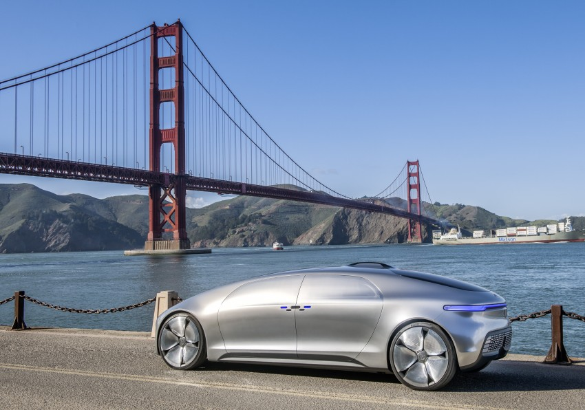 DRIVEN: Mercedes-Benz F 015 Luxury In Motion in SF Image #322076