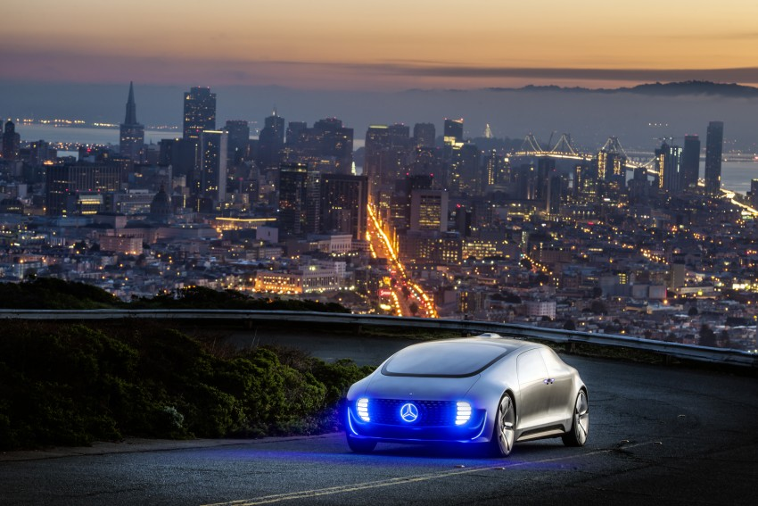 DRIVEN: Mercedes-Benz F 015 Luxury In Motion in SF Image #322074